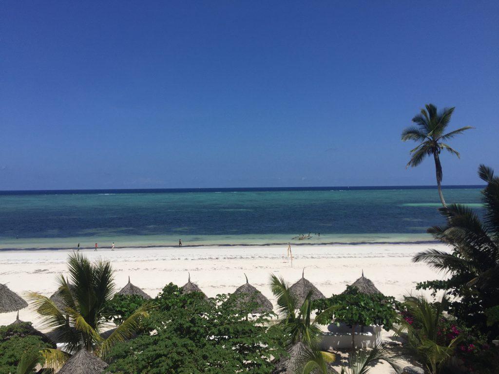 Mandhari Villa - Beach 3