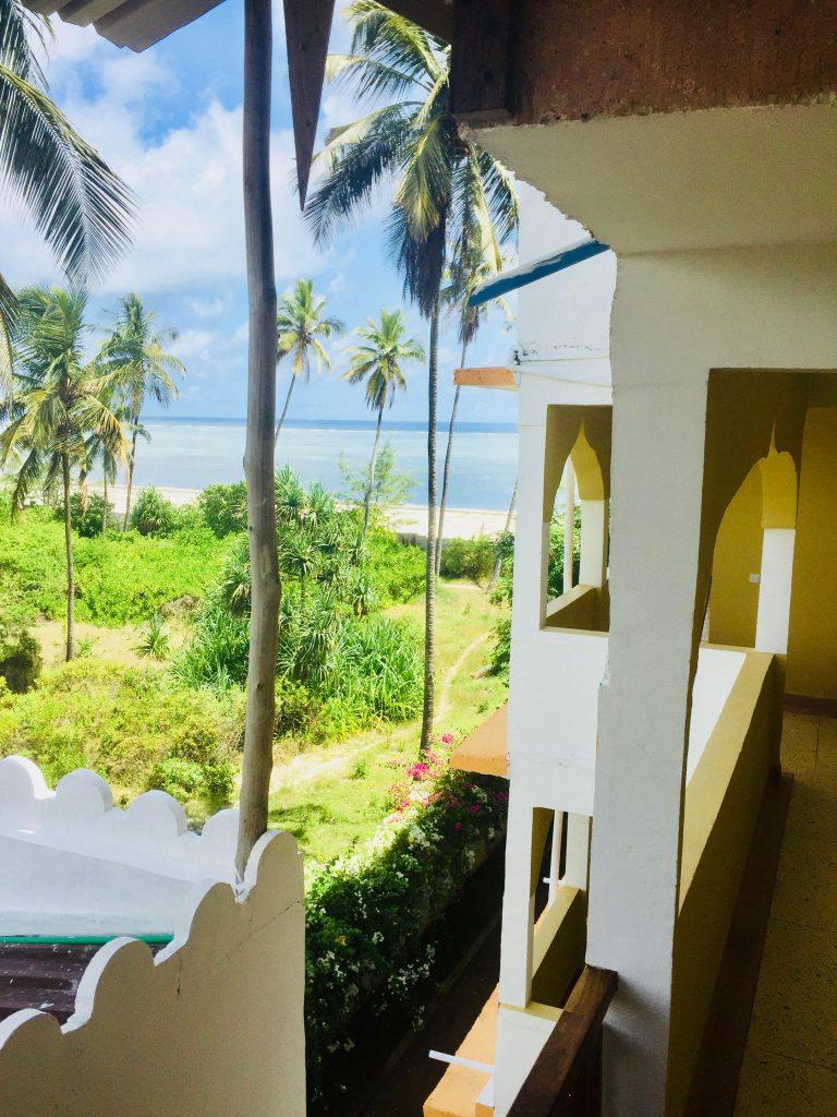 Mandhari Villa - Outside 3
