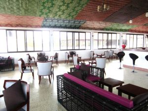Mandhari Villa bar inside