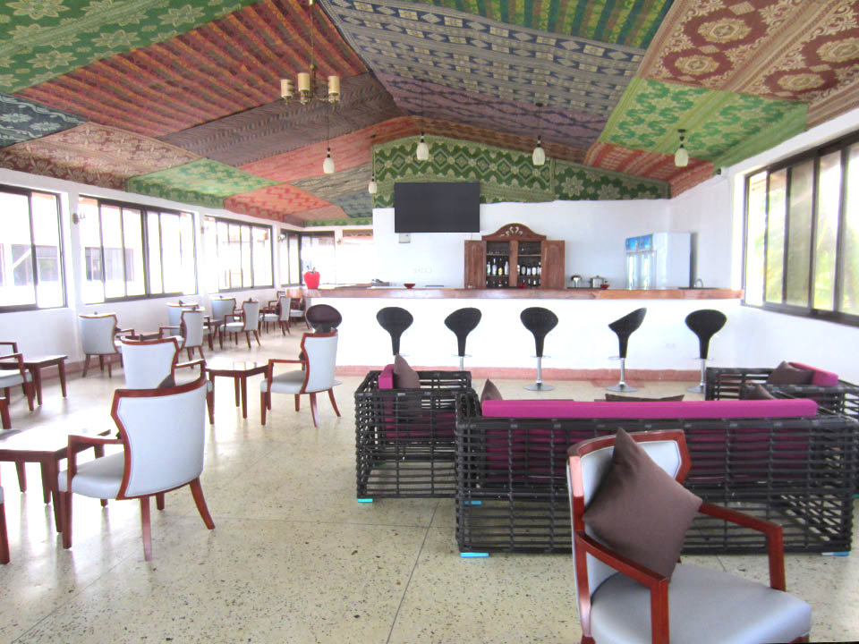 Mandhari Villa bar and lounge