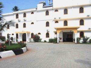 Mandhari Villa hotel entrance