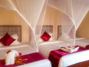 Mandhari Villa triple-room